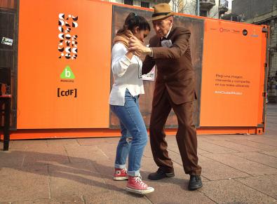 Un tango compadrón.